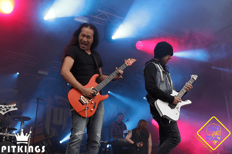 DokkemOpenAir_2016-06-25_20-45-44-2888_DragonForce
