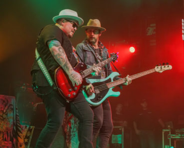 Black Stone Cherry + Monster Truck – 013, Tilburg (concert pics)